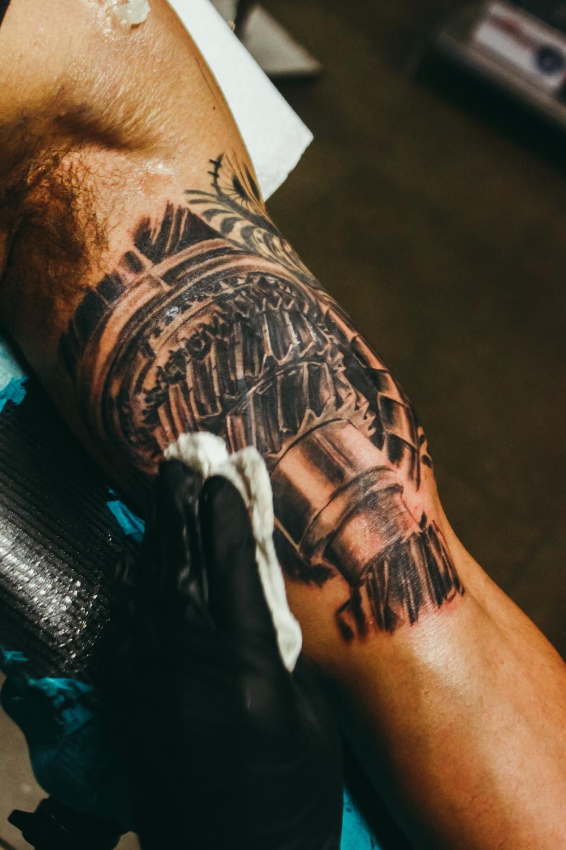 FYINK_tattoos-shoplife-june-33.jpg