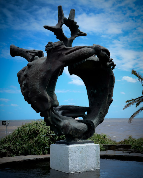 Sculpture to honor those lost at sea