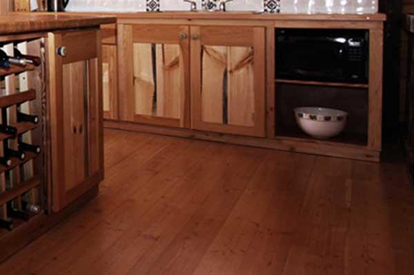 Flooring-w.jpg