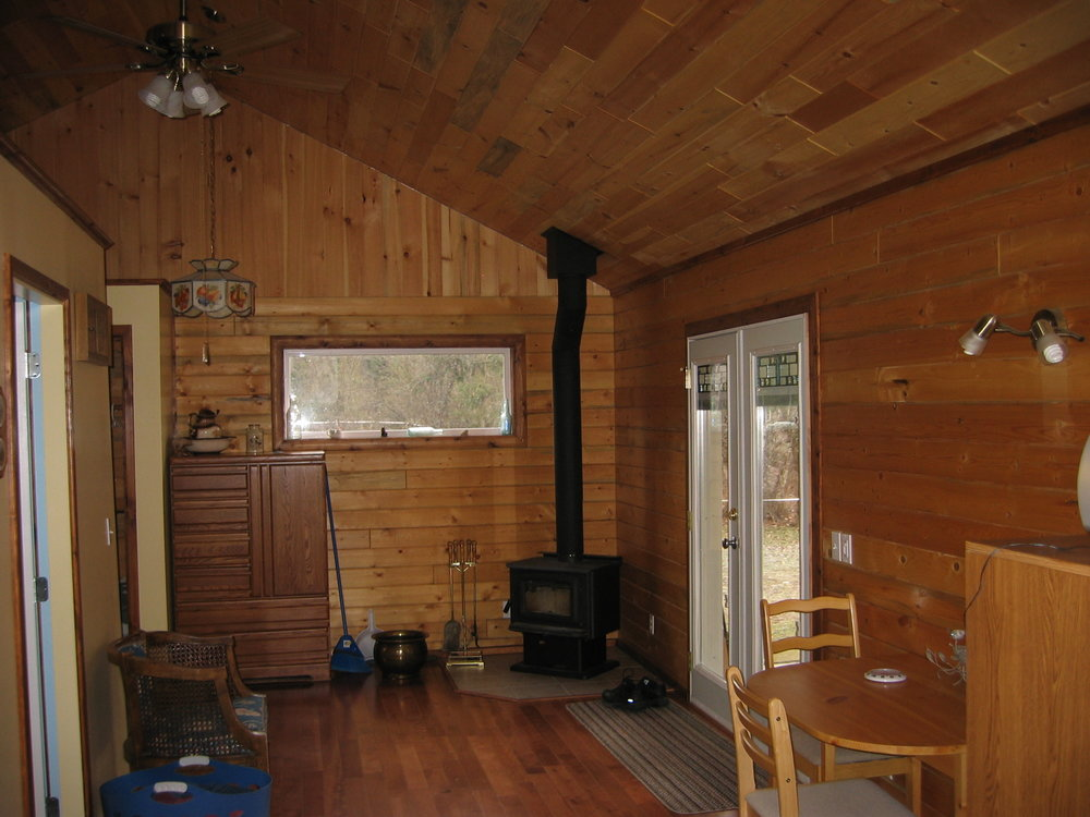 Rawlins Mike & Alice 20' x 30' 6x6 Blue Stained Pine Logs_8232.JPG