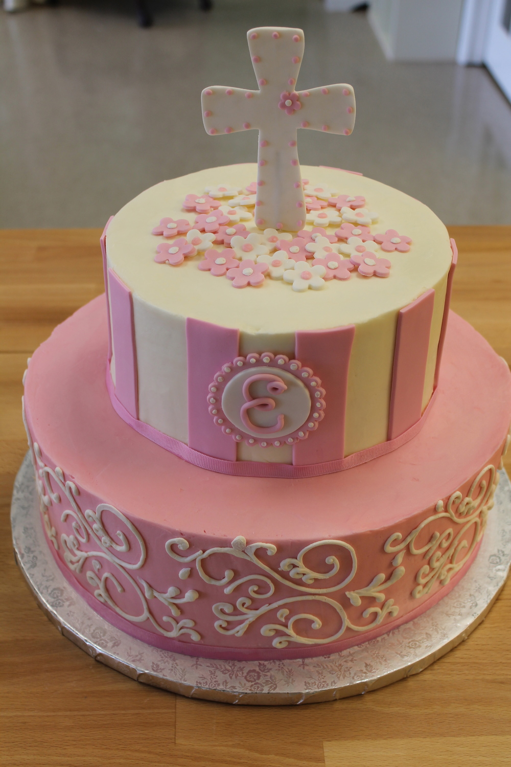 Pink and White Christening Cake 047