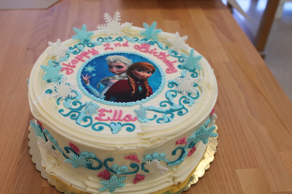 Snowflake Birthday Cake