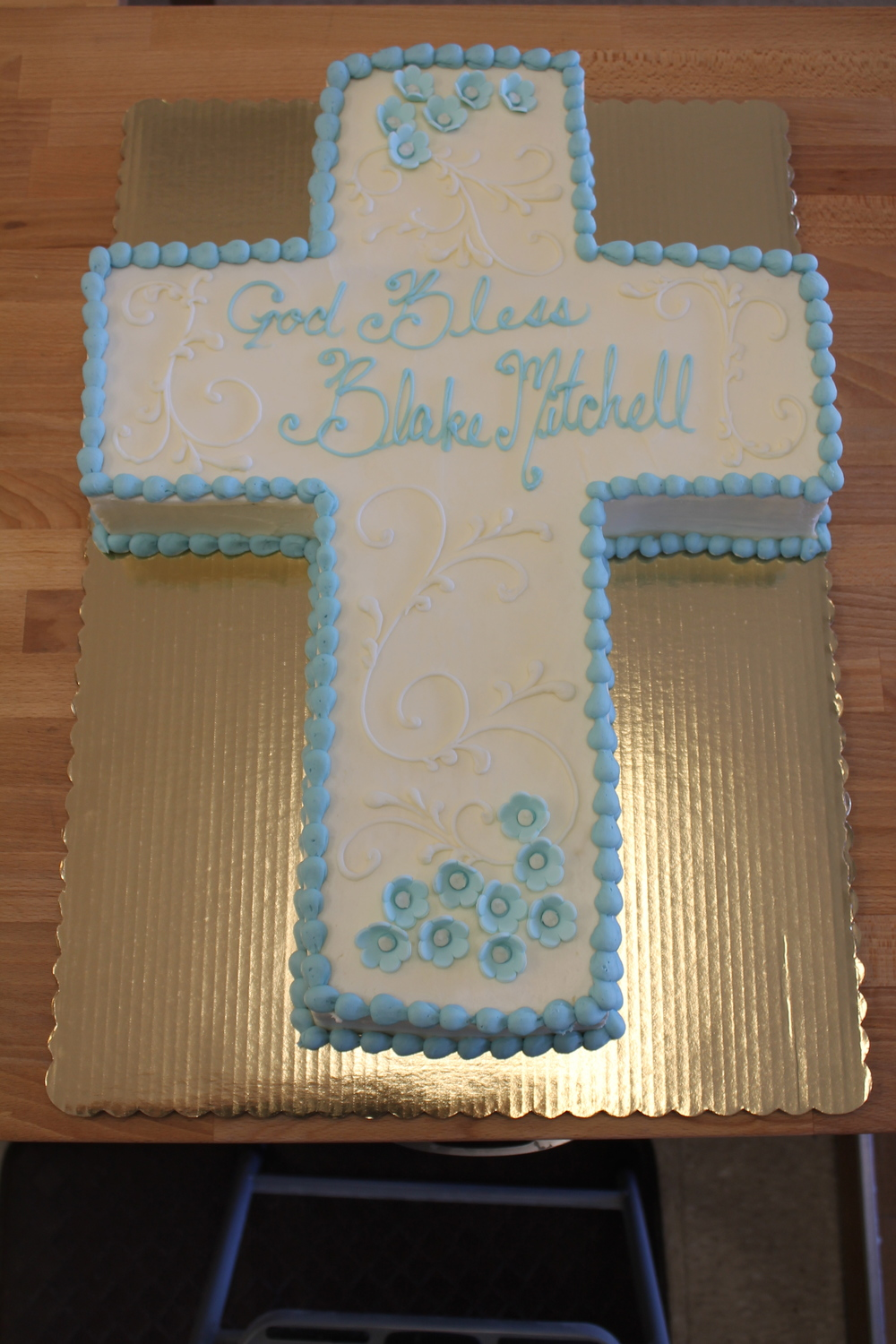 Cross Cake for a Christening 062