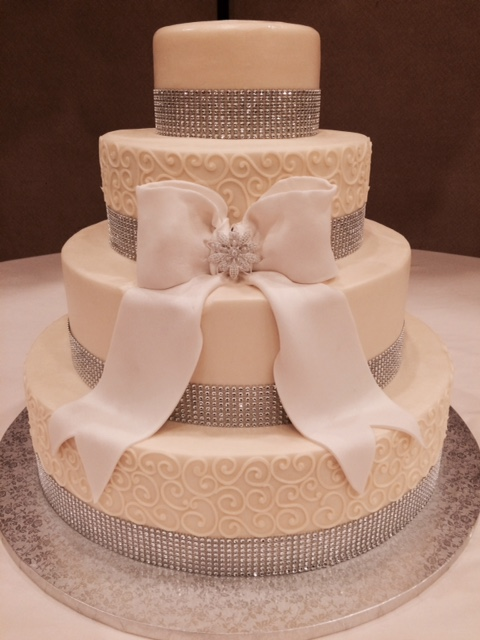 Bling Ribbon, Broach and a Bow Wedding Cake