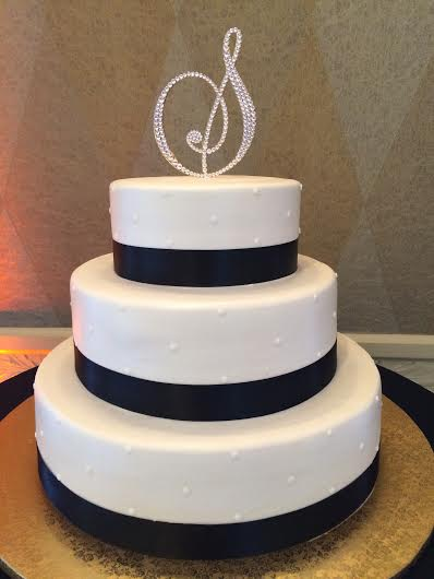 Black Satin Ribbon Wedding Cake