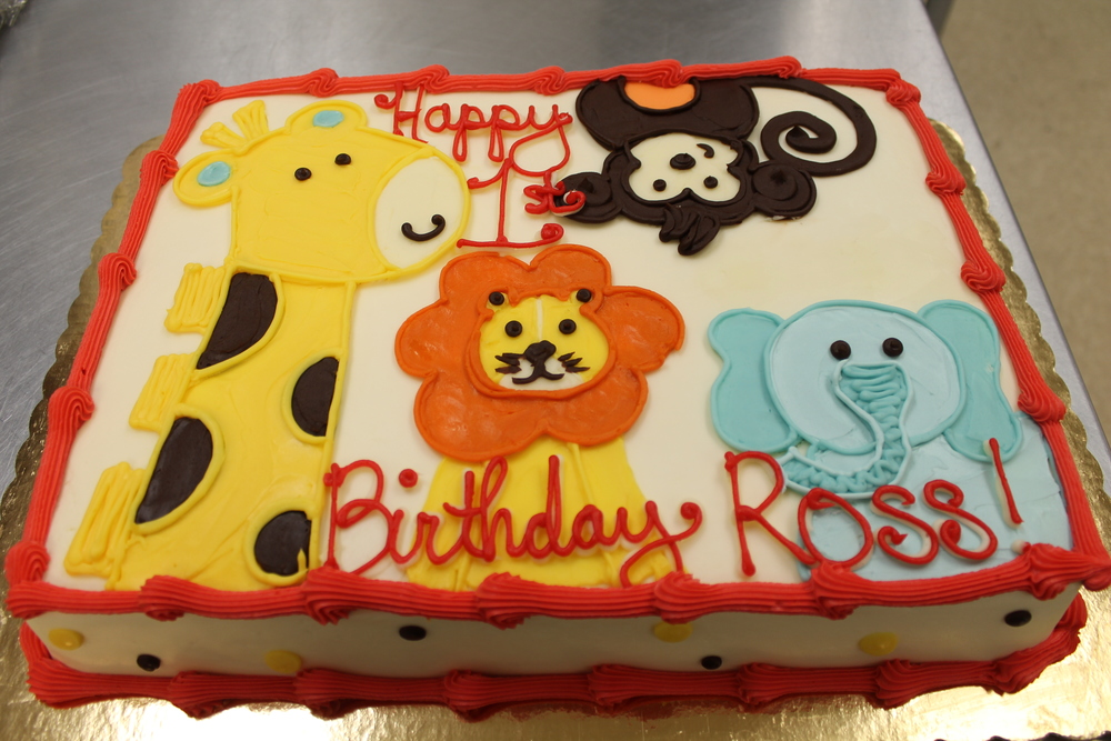 Elephant, Giraffe, Monkey and Lion Cake