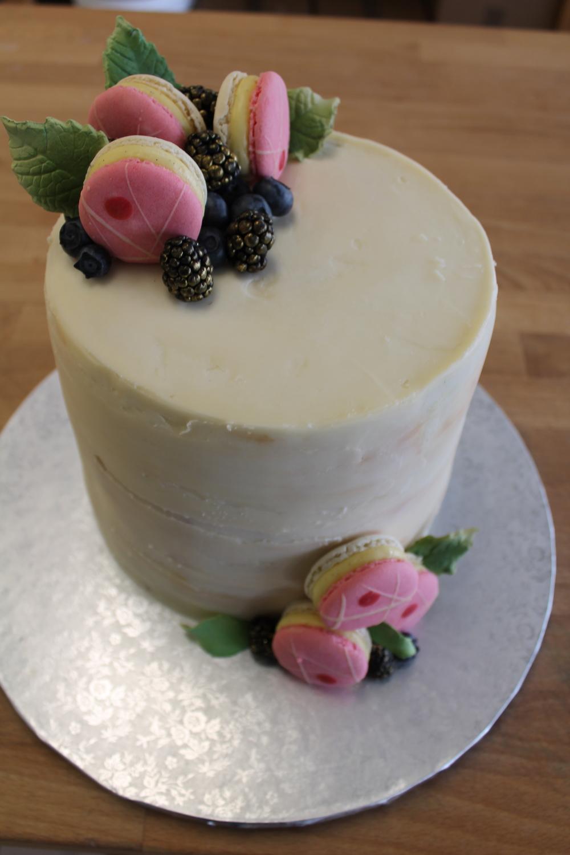 Naked Cake with Fresh Fruit