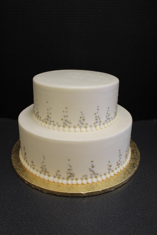 Waiting for Fresh Flowers Wedding Cake