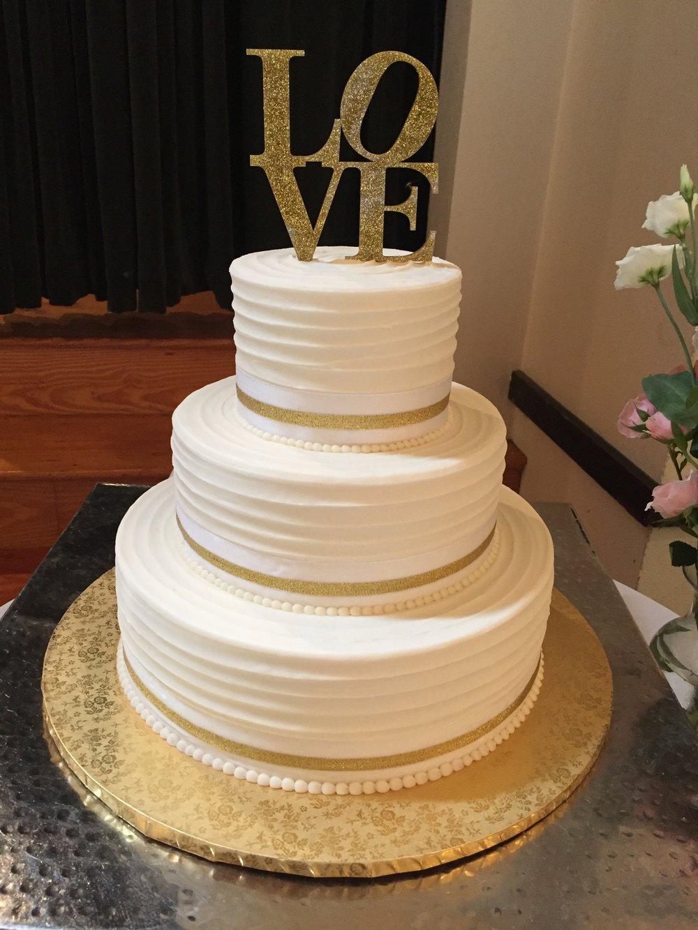 Simply Perfect Wedding Cake