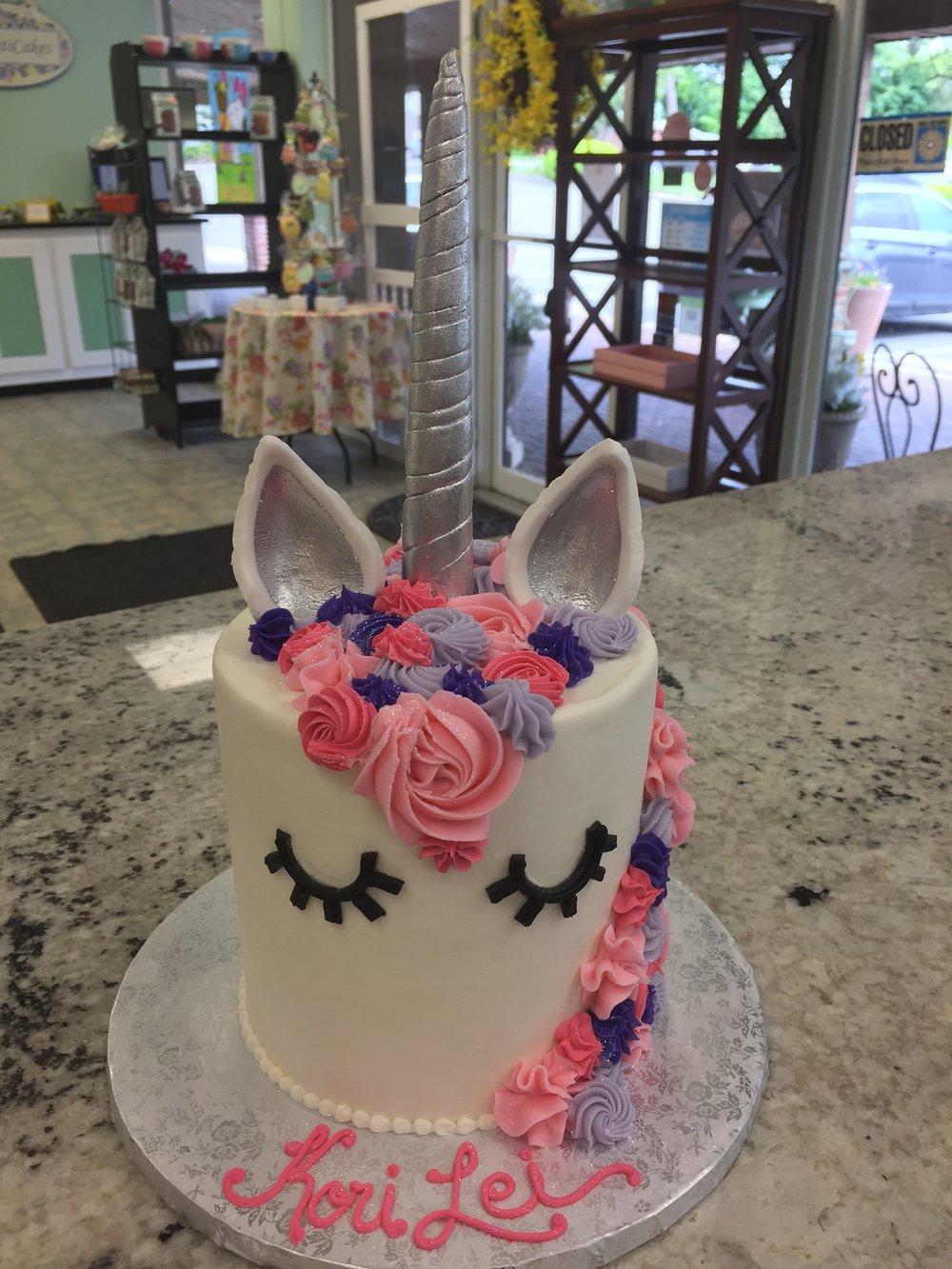 Pretty Unicorn Cake