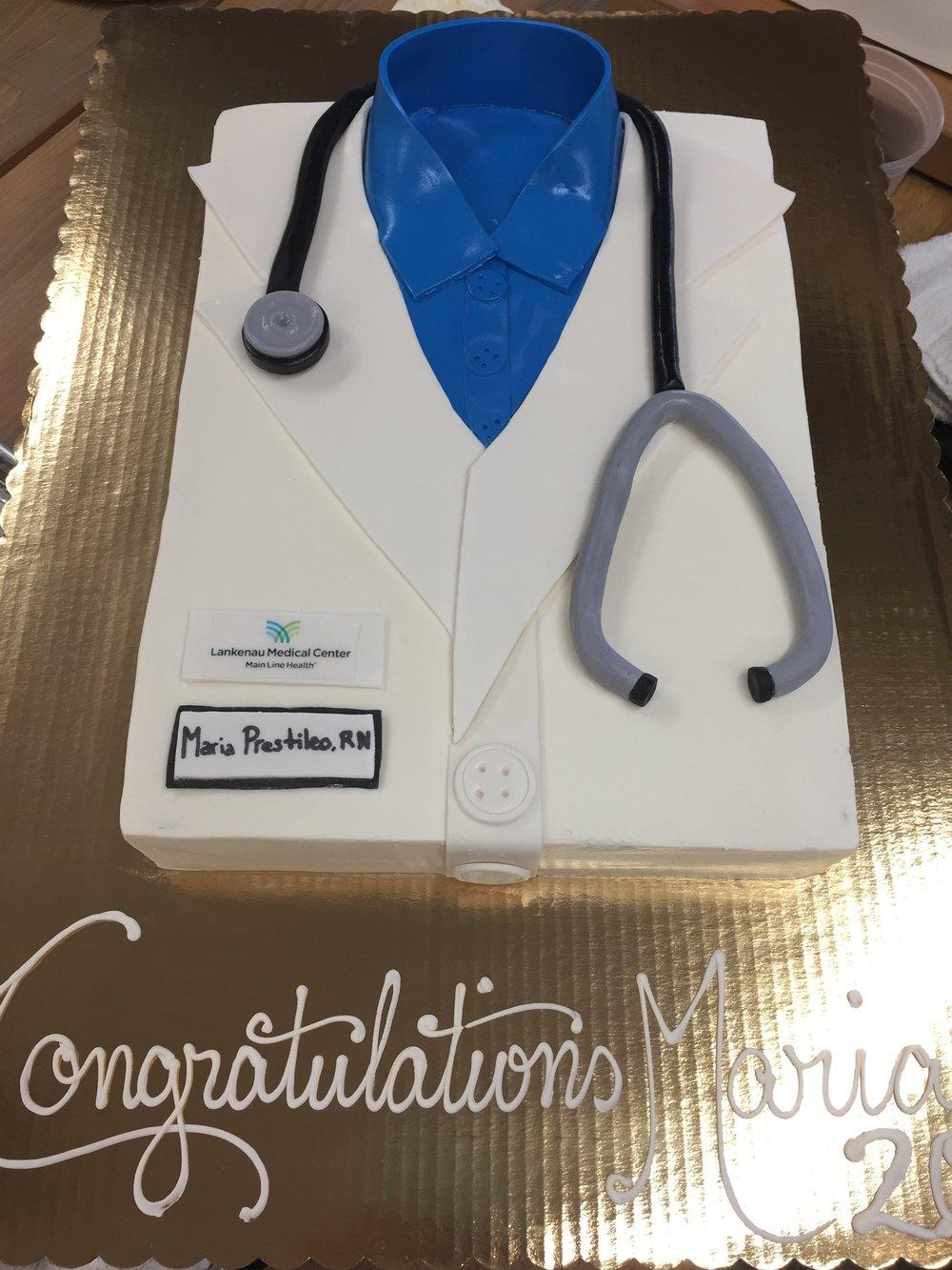 RN Congratulations Cake
