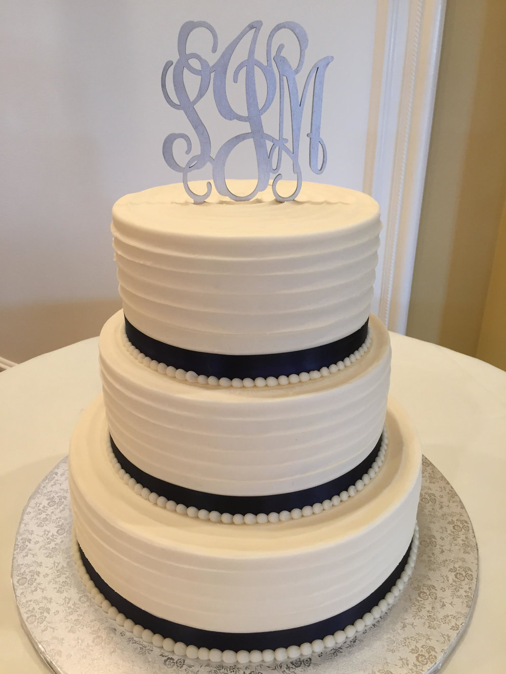 Textured Lines Wedding Cake