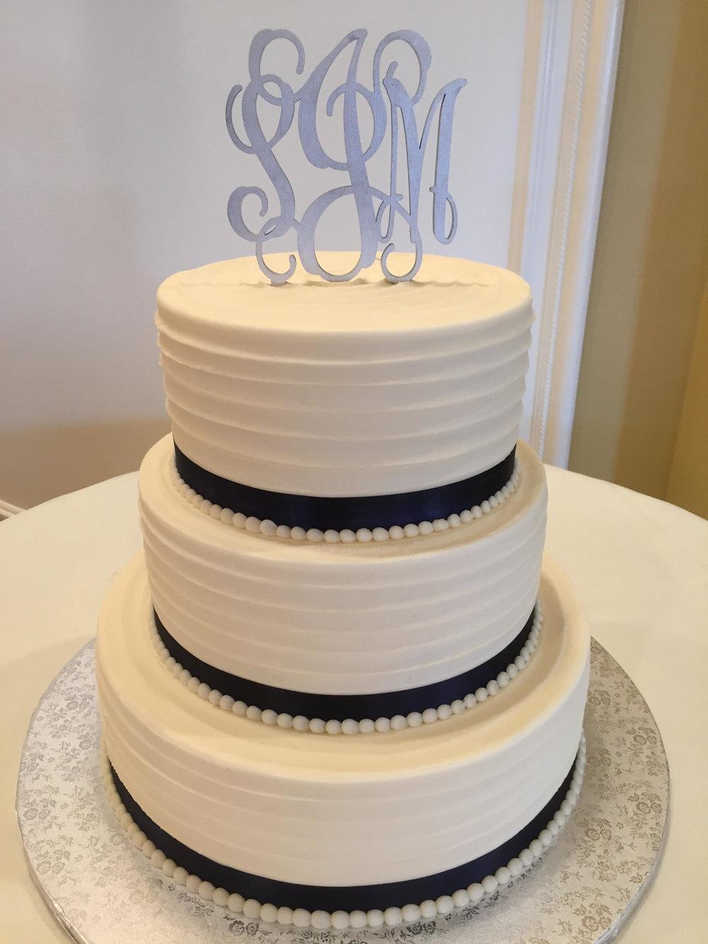 Textured Lines Wedding Cake