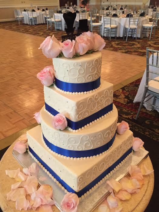 Elegant Round and Square Wedding Cake