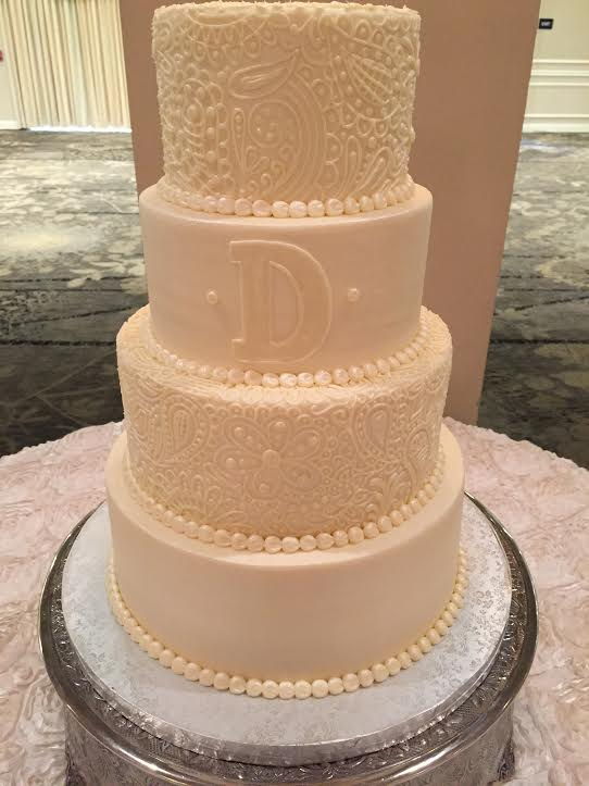 Decorative Butter Cream Detail Wedding Cake