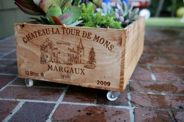 Wine crate planter diy What to do with wine crates