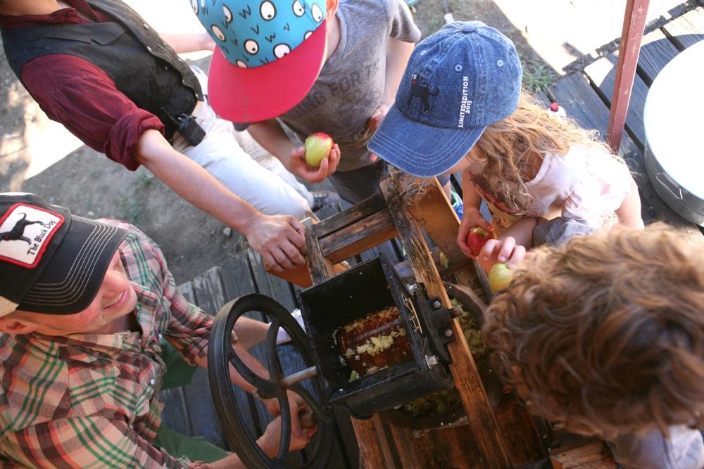 rileys farm apple cider press (1).jpg