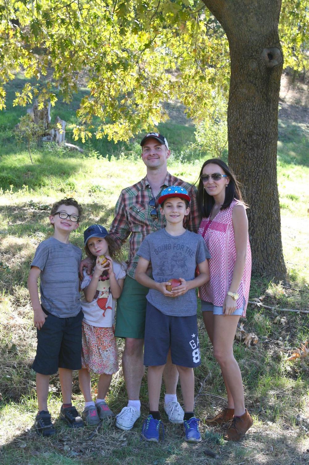rileys farm apples family.jpg