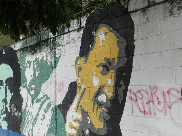 Wall Art in 23 de Enero, Caracas © 2011 Rodrigo Acuña