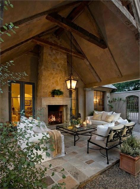 Modern Outdoor Living (1).jpg