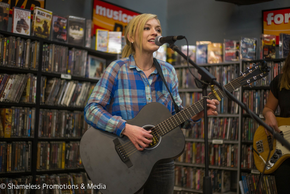 Emily Kinney @ Streetlight Records San Jose: April 2016