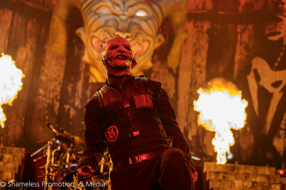 Corey Taylor of Slipknot performing in 2015 at Concord Pavilion. August 26, 2015. Photo: Jared Stossel.