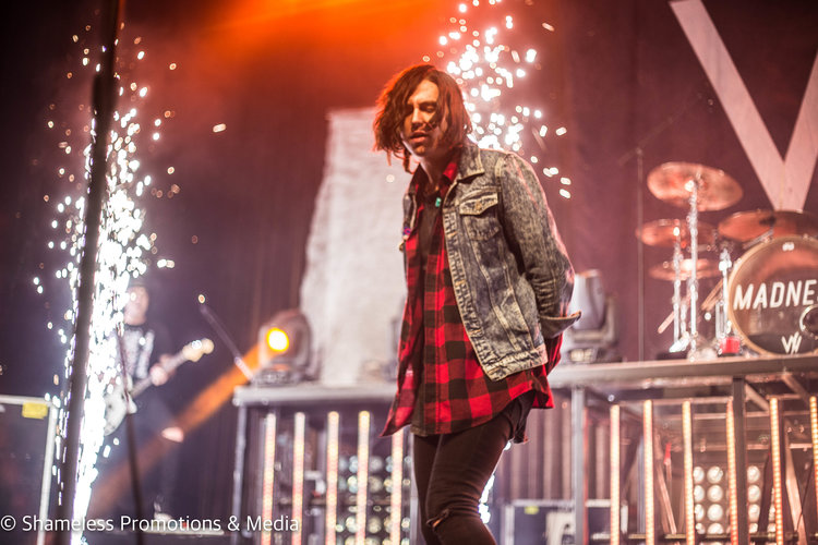 Kellin Quinn of Sleeping With Sirens performing at The Warfield in San Francisco, CA. November 28, 2016. Photo: Jared Stossel