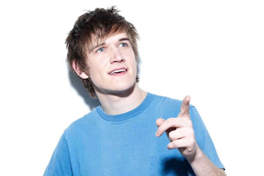 636008839643616056864754610_Bo-Burnham-Net-Worth-900x600.jpg