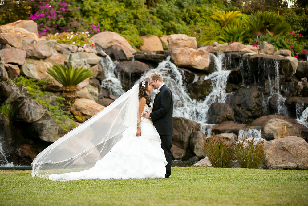 four seasons westlake village, bride, bridal portraits, los angeles wedding venues, los angeles wedding photography, chris holt photography, bridal portraits