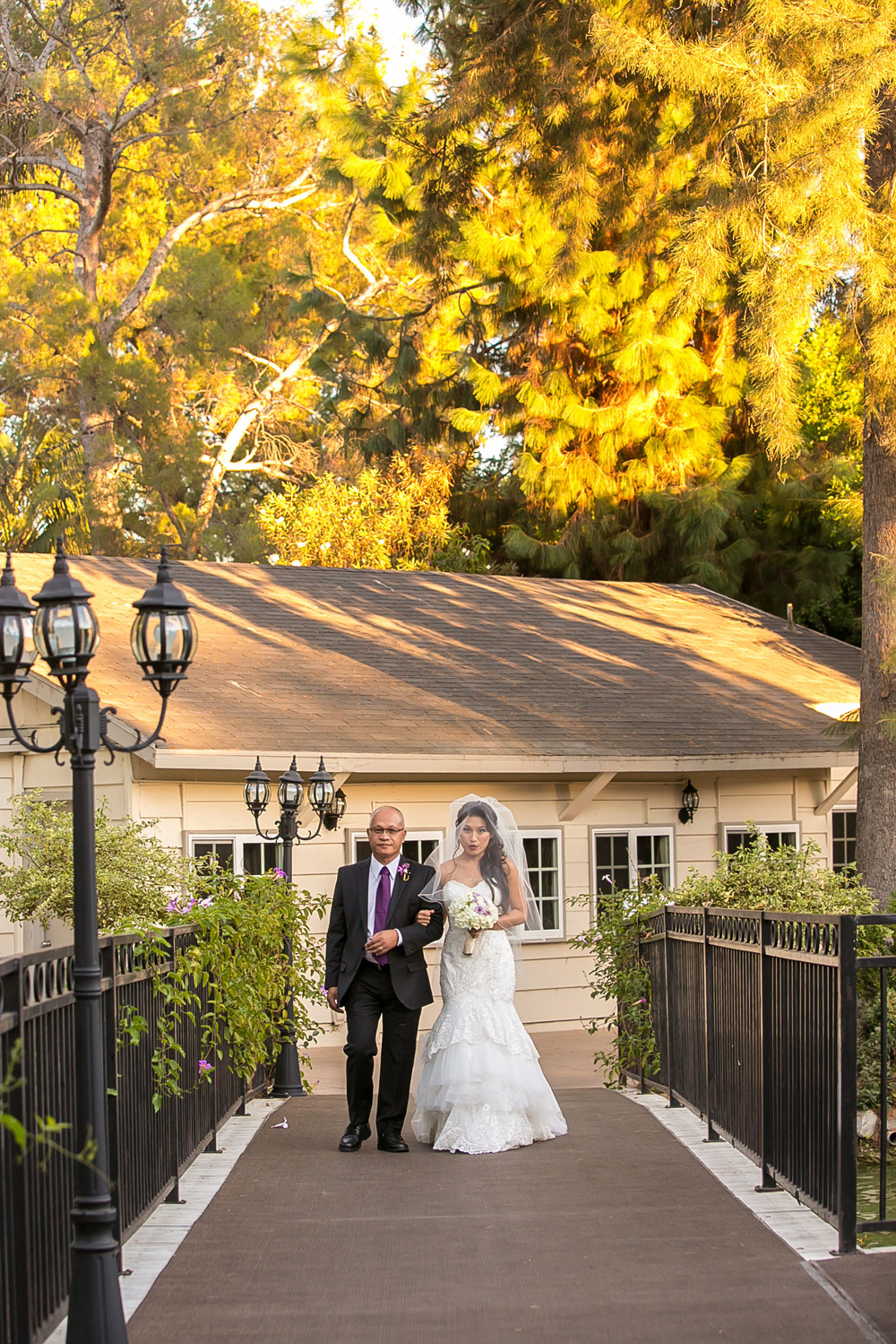 sportsmen's lodge, studio city, sherman oaks, wedding venue, bride, groom, love bridal portraits, los angeles wedding photography, chris holt photography