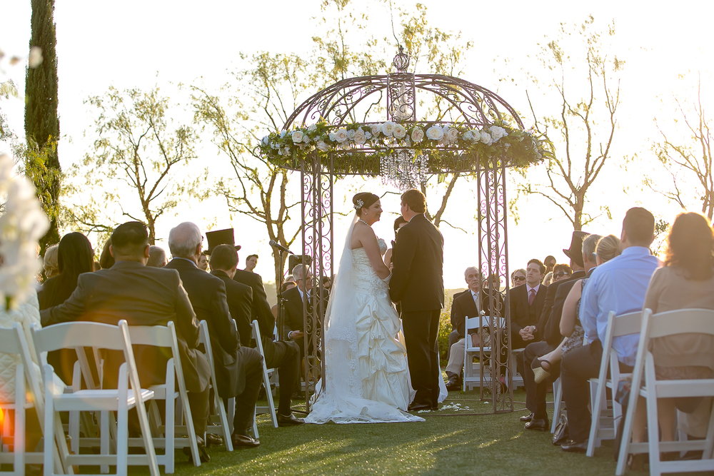 falkner winery, temecula, wedding, love, bride, groom, bridal portraits, spring wedding, winery wedding, chris holt photography