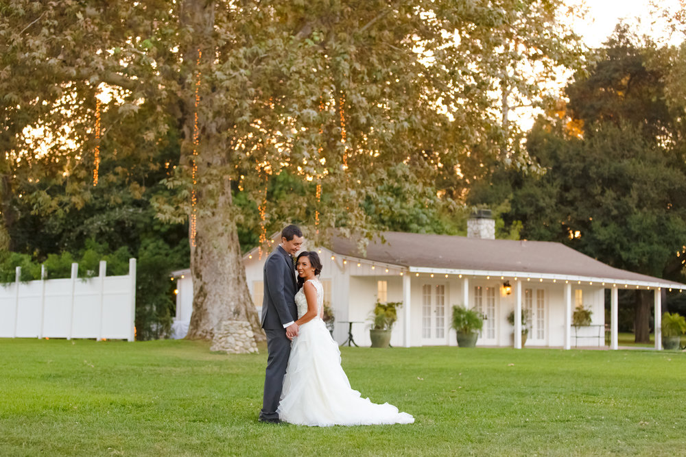 Calamigos Equestrian, burbank, White House, wedding, venue, southern california, couple, romantics, portraits, sunset, evening, bride, groom, vivienne atelier, gown, suit, husband, wife