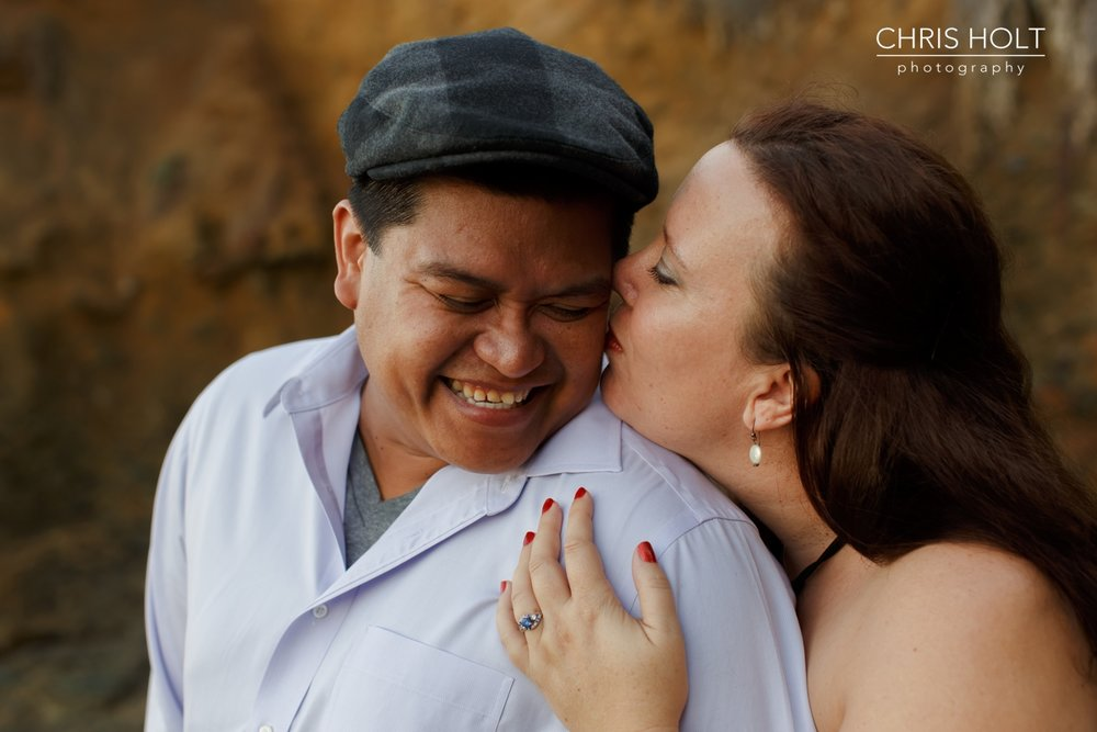 laguna beach, engagement session, portraits, beach, cliffs, shaws cove, engaged, casual, relaxed, professional photographer, chris holt, orange county, outdoor, tidepools, ocean, wedding