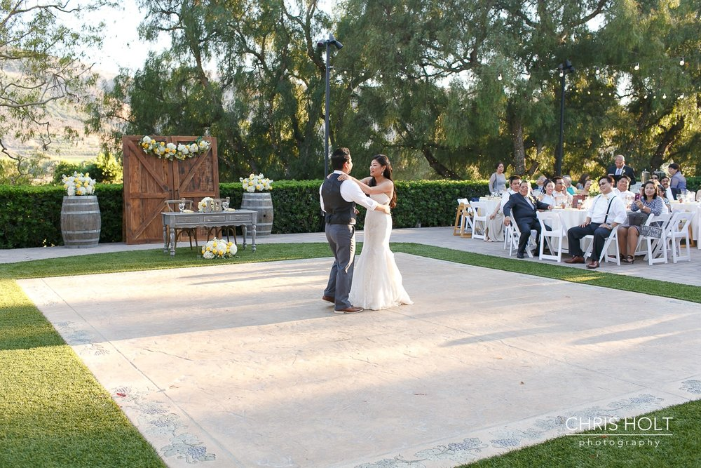 outdoor reception, first dance, couple, maravilla gardens, camarillo, intimate wedding, casi cielo events and flowers, photographers near me, chris holt