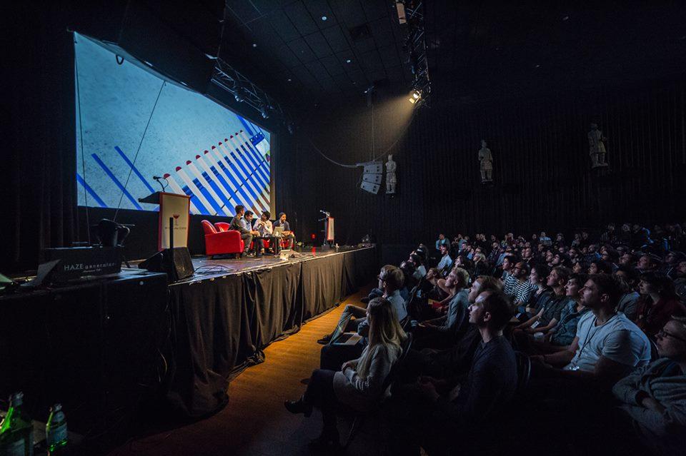 blend fest speakers on stage