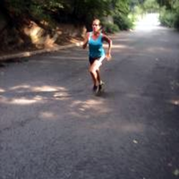 NYC Running Coach Sean Fortune coaches experienced marathoners and ultra-marathoners. He implements a wholistic approach that includes strength training, stretches, recovery modalities, and diet,  to help keep the runner healthy and continually training
