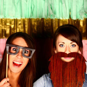 grand-wagoneer-photo-booth