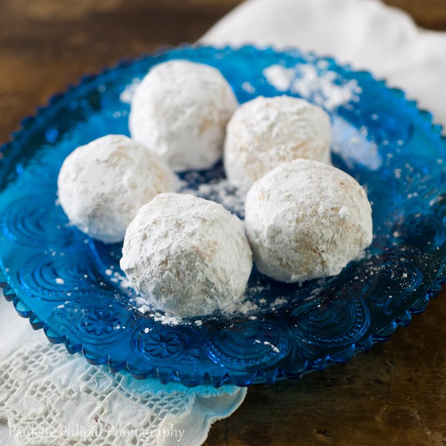 Paulette_Phlipot_snowballcookies.jpg