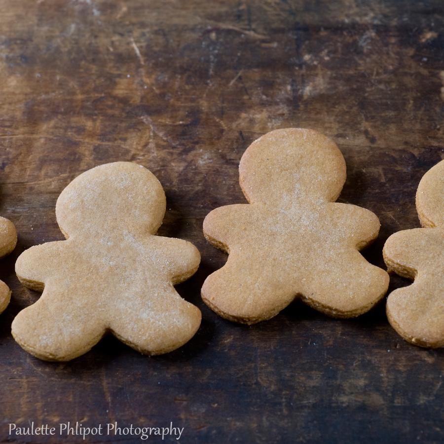 Paulette_Phlipot_gingerbreadmen.jpg
