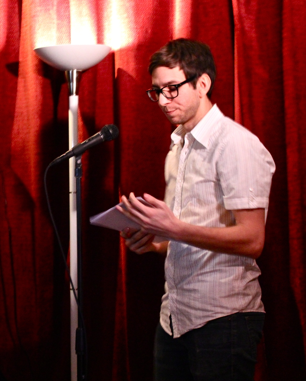 Stephen Danos, poet, reading at Paschall Bar as part of the Kraken Reading Series