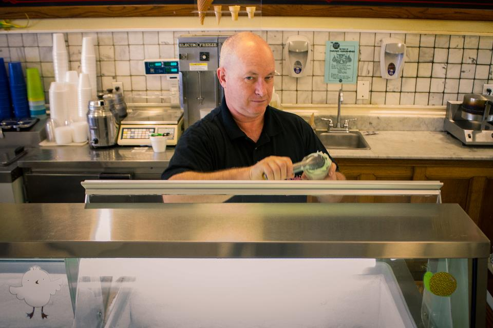 Beth Marie's is more than just great ice cream. Here, owner Ken Willis prepares an orange phosphate for us.