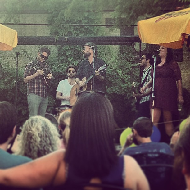 Hares on the Mountain rocked the patio at The Labb Sunday evenin'.  Sara Button  was there to nab this pic.