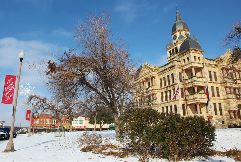 The City of Denton even got to throwing #WDDI on their photos this weekend. Here's  alovely shot of the square before Friday's activities.