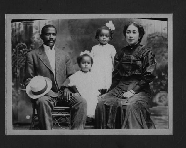 Dr. E.D. Moten and family, physician to Denton's early 1900s Quakertown.