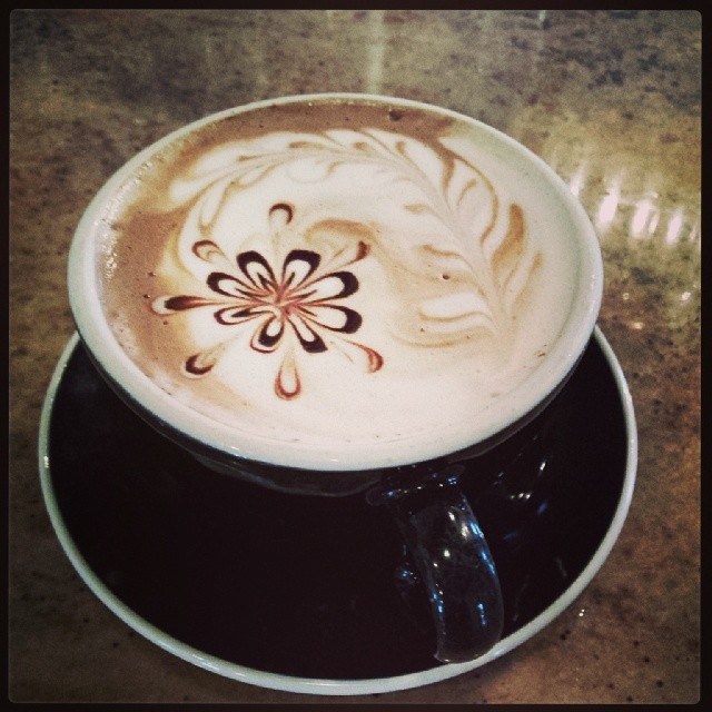 Seven Mile is going all out with their latte art lately. Photo by  Sharon Jared.