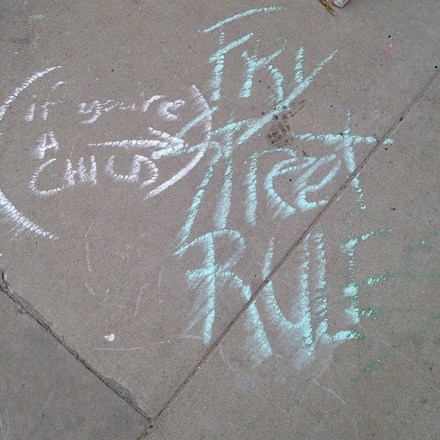 @hollyintexas  'grammed the sidewalk chalk graffiti argument on Industrial St.