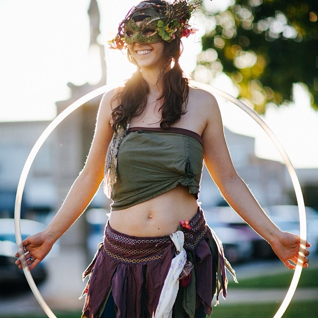 "One of the square's many ""hoopers."" Photo by @elizaldephotography."