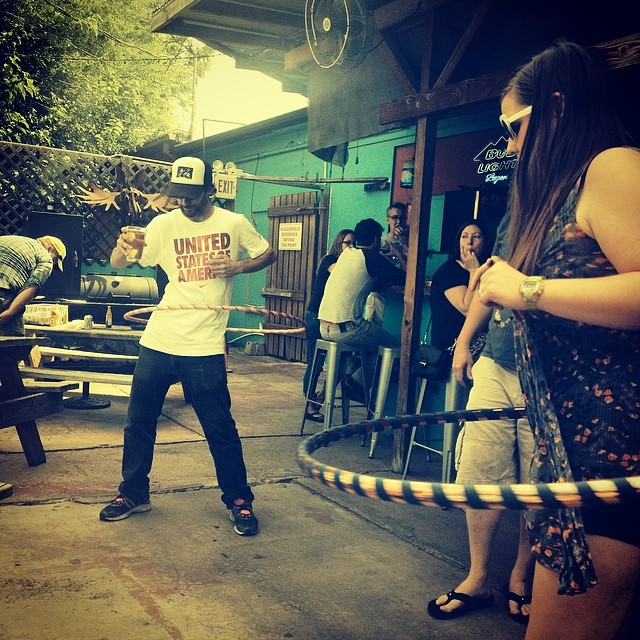 All of the hula hoopers love Dan's. Photo by @buttonupdenton.