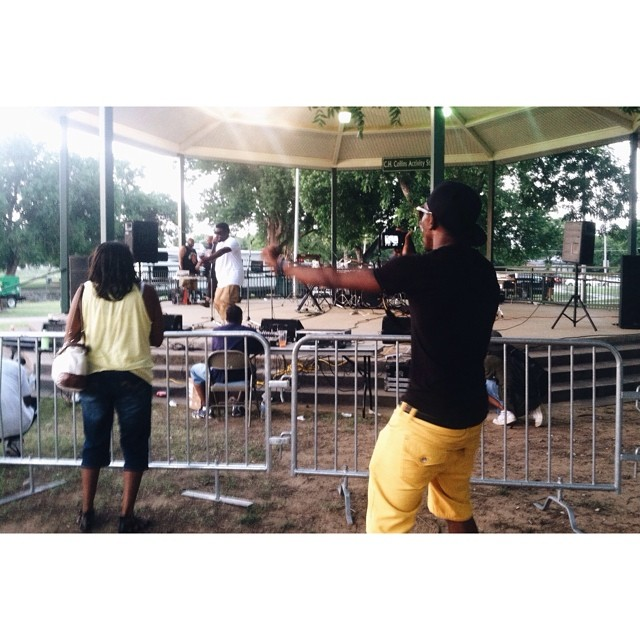 Juneteenth in action caught by @melissalaree.