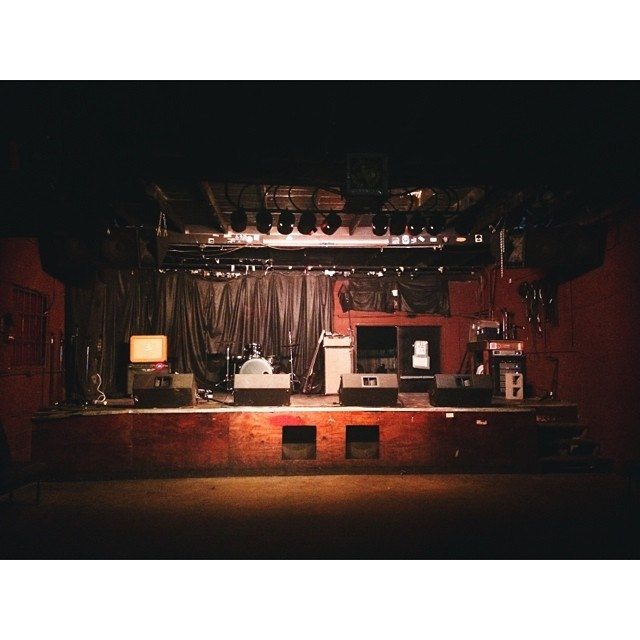 Man, we're running a lot of pics from @Lynzi this week. Good shooting, @Lynzi. Here's an empty stage at Rubber Gloves.